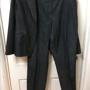 Woman's Apostrophe Stretch Blue Jean Pants Suit